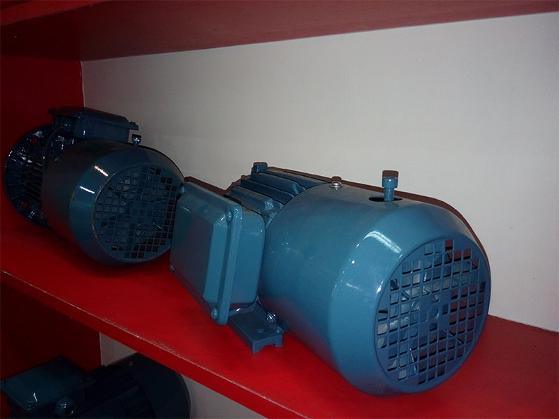 Y2 Series Cast Iron AC Induction Motors With Brakes